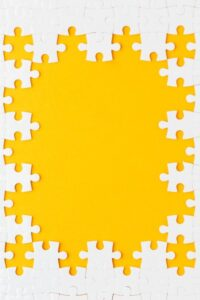 top-view-puzzle-frame-concept